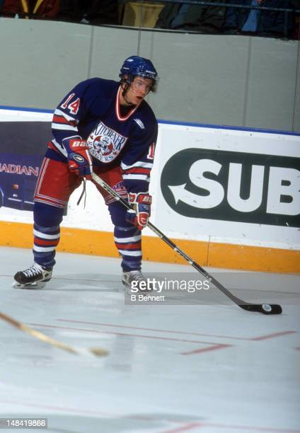 Derek Roy of the Kitchener Rangers looks to pass during an OHL game in October 1999