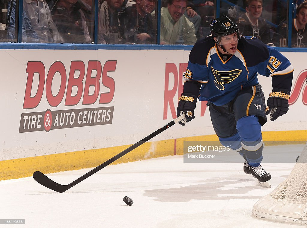 <a gi-track='captionPersonalityLinkClicked' href=/galleries/search?phrase=Derek+Roy&family=editorial&specificpeople=203272 ng-click='$event.stopPropagation()'>Derek Roy</a> #12 of the St. Louis Blues handles the puck against the Washington Capitals during an NHL game on April 8, 2014 at Scottrade Center in St. Louis, Missouri.