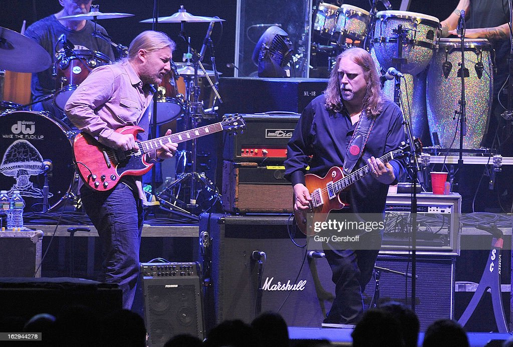Derek Trucks (L) and Warren Haynes of The Allman Brothers band perform at the Beacon Theatre on March 1, 2013 in New York City.