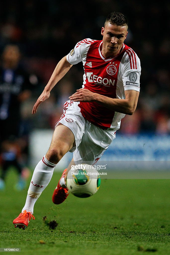 <a gi-track='captionPersonalityLinkClicked' href=/galleries/search?phrase=Derk+Boerrigter&family=editorial&specificpeople=8003354 ng-click='$event.stopPropagation()'>Derk Boerrigter</a> of Ajax in action during the Eredivisie match between Ajax Amsterdam and SC Heerenveen at Amsterdam Arena on April 19, 2013 in Amsterdam, Netherlands.