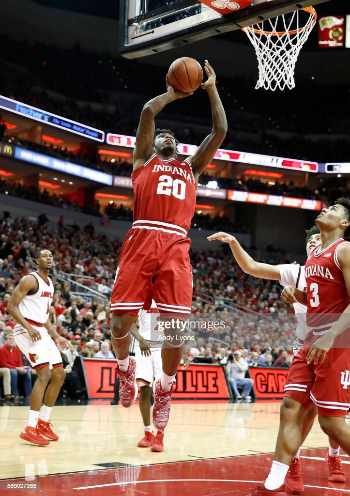De'Ron Davis #20 of the Indiana Hoosiers shoots the ball against the Louisville Cardinals at KFC YUM! Center on December 9, 2017 in Louisville, Kentucky.