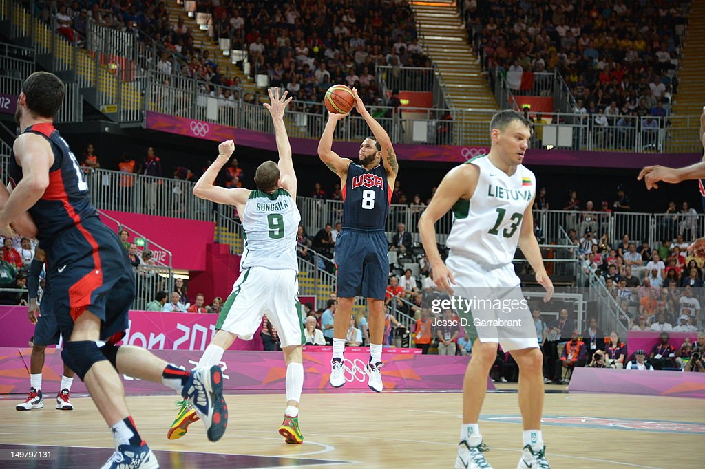 <a gi-track='captionPersonalityLinkClicked' href=/galleries/search?phrase=Deron+Williams&family=editorial&specificpeople=203215 ng-click='$event.stopPropagation()'>Deron Williams</a> #8 of the United States shoots against Lithuania during their Basketball Game on Day 6 of the London 2012 Olympic Games at the Olympic Park Basketball Arena on August 4, 2012 in London, England.