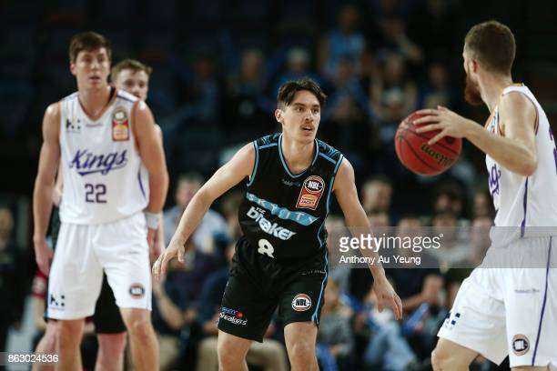 Derone Raukawa of the Breakers in action during the round three NBL match between the New Zealand Breakers and the Sydney Kings at Spark Arena on...