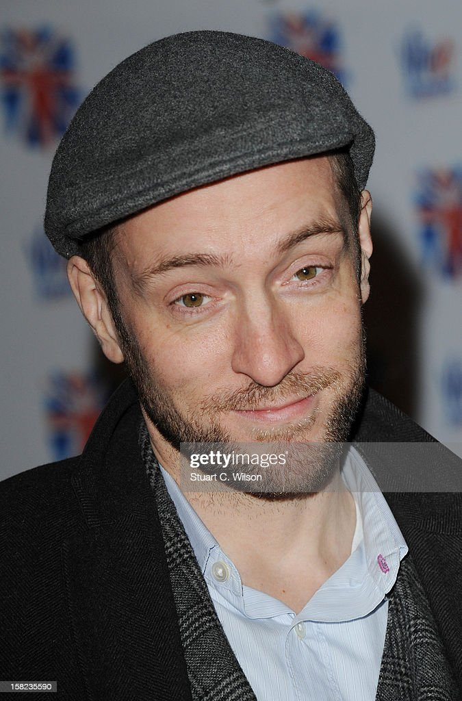 <a gi-track='captionPersonalityLinkClicked' href=/galleries/search?phrase=Derren+Brown&family=editorial&specificpeople=669890 ng-click='$event.stopPropagation()'>Derren Brown</a> attends the after party for the press night of 'Viva Forever', a musical based on the music of The Spice Girls at Victoria Embankment Gardens on December 11, 2012 in London, England.