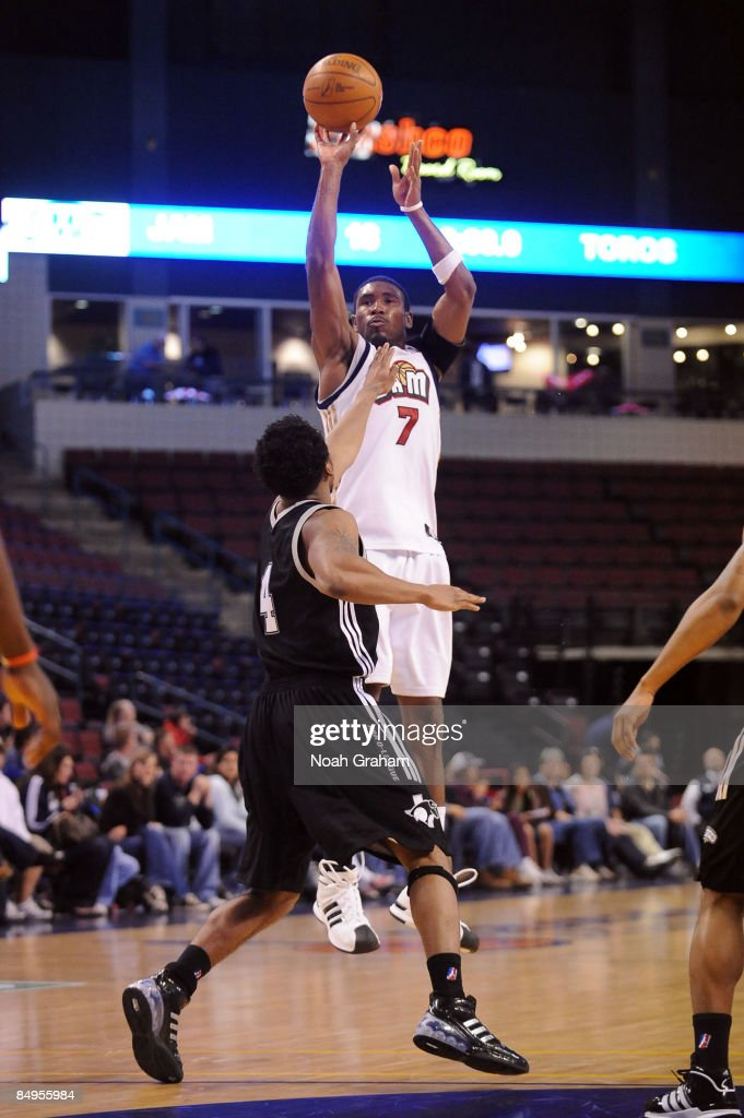 Derrick Byars of the Bakersfield Jam puts up a shot over Stanley Burrell of the Austin Toros in a NBAD League Game at the Rabobank Arena on February...