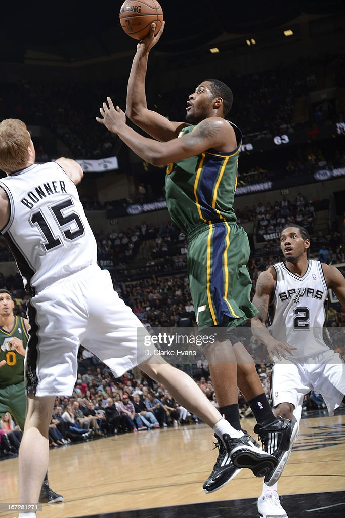 Derrick Favors #15 of the Utah Jazz puts up a shot against the San Antonio Spurs on March 22, 2013 at the AT&T Center in San Antonio, Texas.