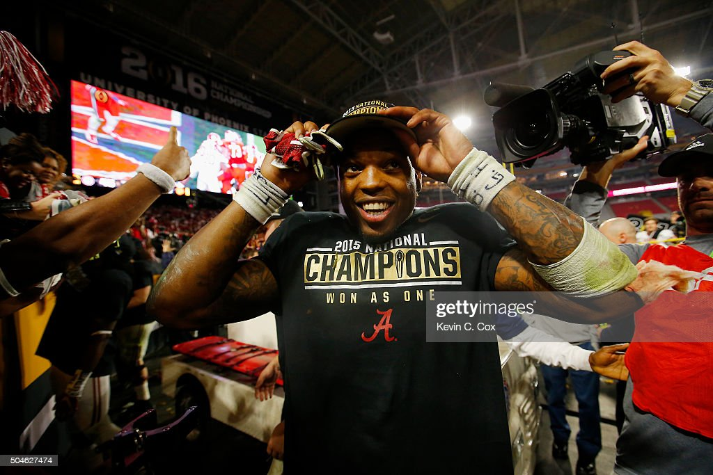 Derrick Henry #2 of the Alabama Crimson Tide celebrates after defeating the Clemson Tigers in the 2016 College Football Playoff National Championship Game at University of Phoenix Stadium on January 11, 2016 in Glendale, Arizona. The Crimson Tide defeated the Tigers with a score of 45 to 40.