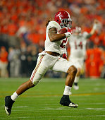 Derrick Henry of the Alabama Crimson Tide runs for a 50 yard touchdown in the first quarter against the Clemson Tigers during the 2016 College...