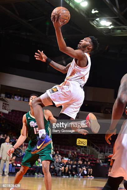 Derrick Jones Jr #1 cof the Northern Arizona Suns during the game drives to the basket gainst the Reno Bighorns on December 3 at Precott Valley Event...