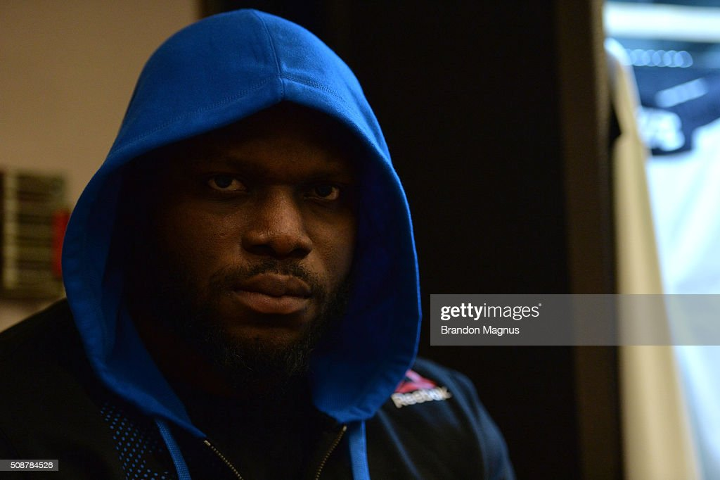 Derrick Lewis prepares to warm up backstage during the UFC Fight Night Las Vegas: Hendricks vs Thompson event inside MGM Grand Garden Arena on February 6, 2016 in Las Vegas Nevada.