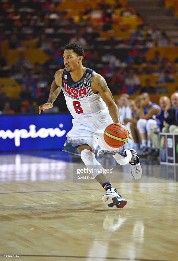 <a gi-track='captionPersonalityLinkClicked' href=/galleries/search?phrase=Derrick+Rose&family=editorial&specificpeople=4212732 ng-click='$event.stopPropagation()'>Derrick Rose</a> #6 of the USA Basketball Men's National Team dribbles the basketball against the Finland Nation Basketball Team during the FIBA 2014 World Cup Tournament at the Bilbao Exhibition Center on August 30, 2014 in Bilbao, Spain.