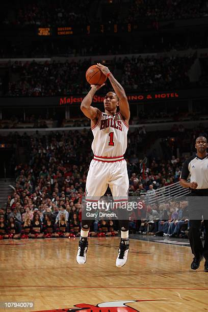Derrick Rose the Chicago Bulls shoots against the Boston Celtics on January 8 2011 at the United Center in Chicago Illinois NOTE TO USER User...
