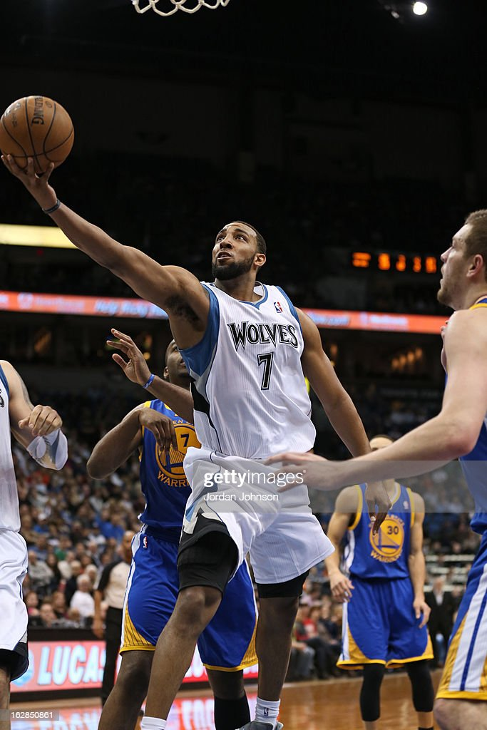 Derrick Williams #7 of the Minnesota Timberwolves drives to the basket against the Golden State Warriors on February 24, 2013 at Target Center in Minneapolis, Minnesota.