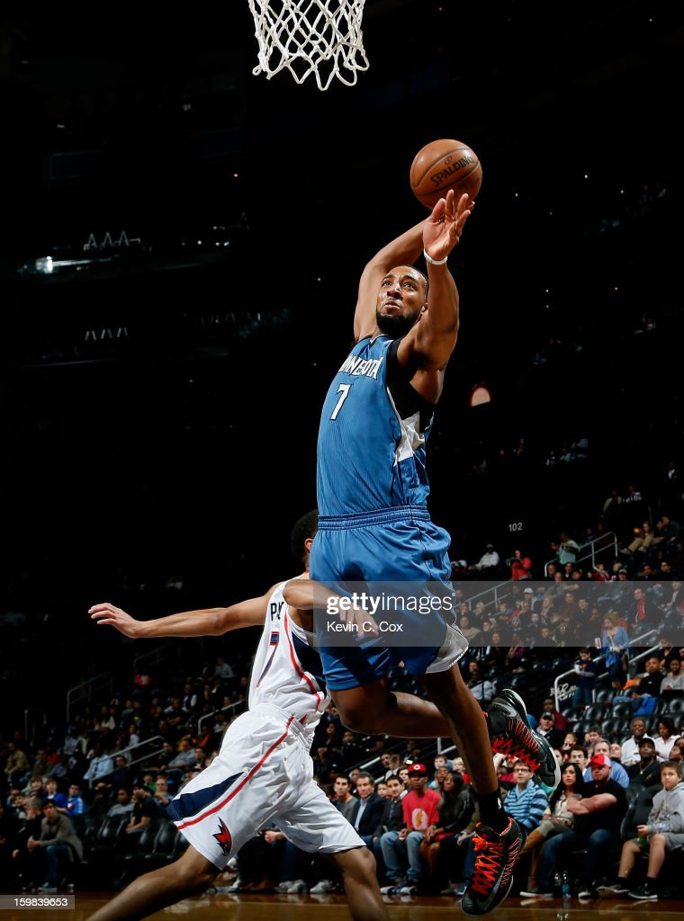 Derrick Williams #7 of the Minnesota Timberwolves goes up for a dunk against <a gi-track='captionPersonalityLinkClicked' href=/galleries/search?phrase=Jannero+Pargo&family=editorial&specificpeople=206618 ng-click='$event.stopPropagation()'>Jannero Pargo</a> #7 of the Atlanta Hawks at Philips Arena on January 21, 2013 in Atlanta, Georgia.