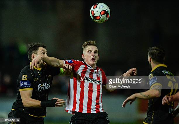 Derry Ireland 4 October 2016 Ronan Curtis of Derry City in action against Brian Gartland of Dundalk during the Irish Daily Mail FAI Cup SemiFinal...