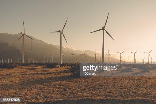Desaturated Wind Turbines