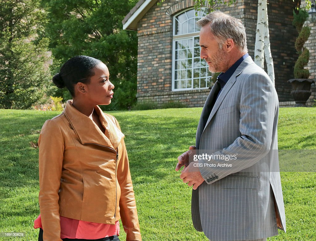"""'Descent' '"""" Pictured (L-R): Aunjanue Ellis (Michelle Hanna) and Timothy V. Murphy (Isaak Sidorov). An explosion in the desert rekindles the search for stolen nuclear weapons and prompts Hetty to shuffle the"""