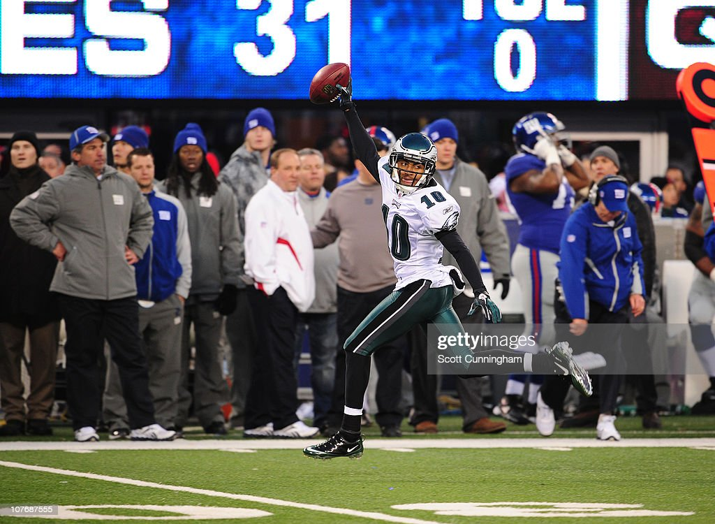 DeSean Jackson #10 of the Philadelphia Eagles returns a punt for a touchdown to win the game against the New York Giants at the New Meadowlands Stadium on December 19, 2010 in East Rutherford, New Jersey.