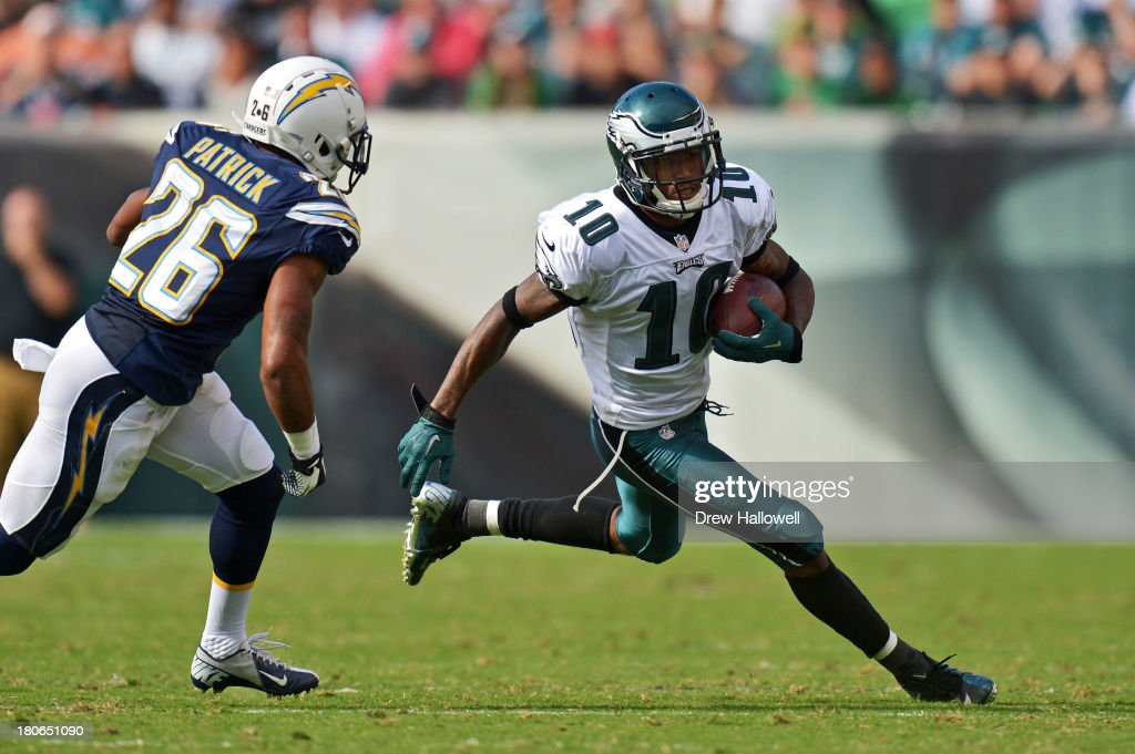 <a gi-track='captionPersonalityLinkClicked' href=/galleries/search?phrase=DeSean+Jackson&family=editorial&specificpeople=2212775 ng-click='$event.stopPropagation()'>DeSean Jackson</a> #10 of the Philadelphia Eagles runs past Johnny Patrick #26 of the San Diego Chargers at Lincoln Financial Field on September 15, 2013 in Philadelphia, Pennsylvania. The Chargers won 33-30.