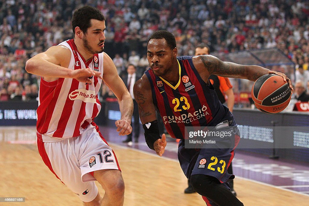Deshaun Thomas #23 of FC Barcelona competes with Nikola Kalinic #12 of Crvena Zvezda Telekom Belgrade during the Turkish Airlines Euroleague...