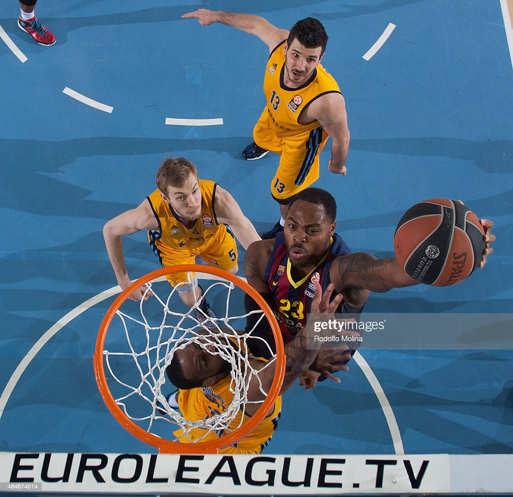 Deshaun Thomas #23 of FC Barcelona in action during the Turkish Airlines Euroleague Basketball Top 16 Date 8 game between FC Barcelona v Alba Berlin...