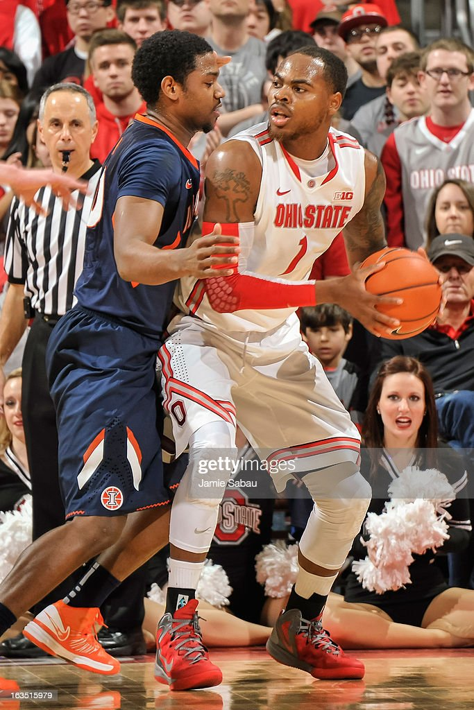 Deshaun Thomas #1 of the Ohio State Buckeyes controls the ball against the Illinois Fighting Illini on March 10, 2013 at Value City Arena in Columbus, Ohio.