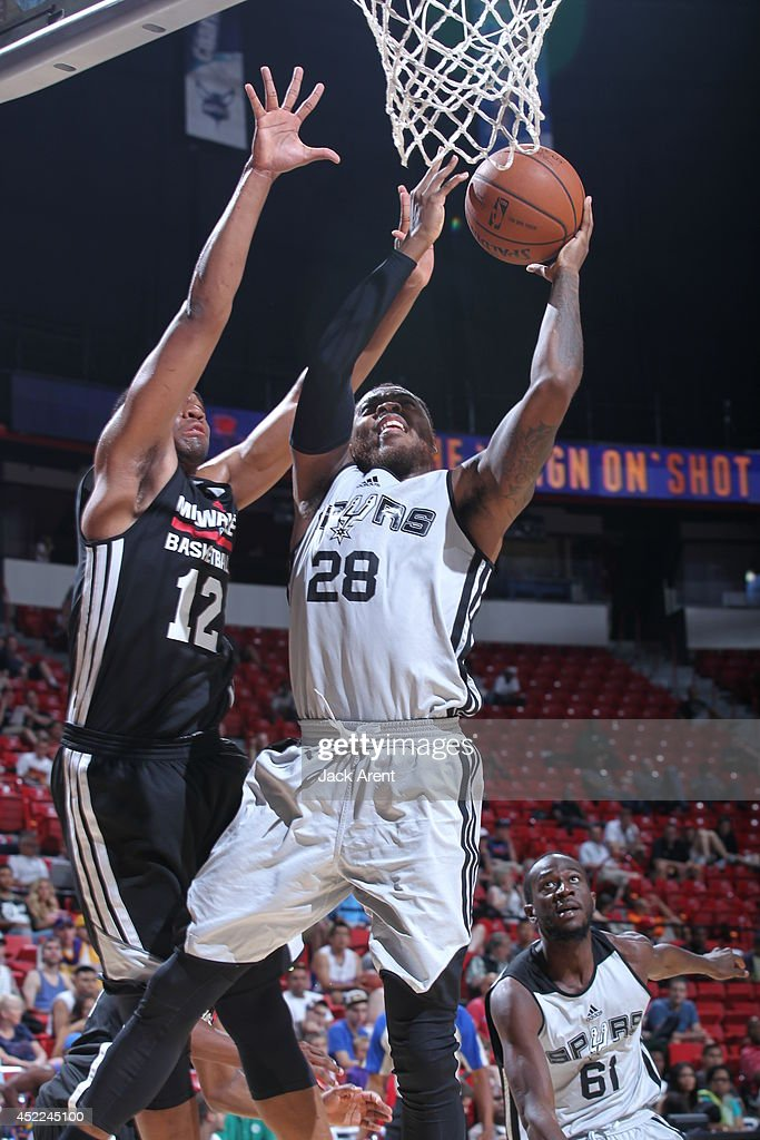 Deshaun Thomas of the San Antonio Spurs shoots against the Milwaukee Bucks at the Samsung NBA Summer League 2014 on July 16 2014 at the Thomas Mack...