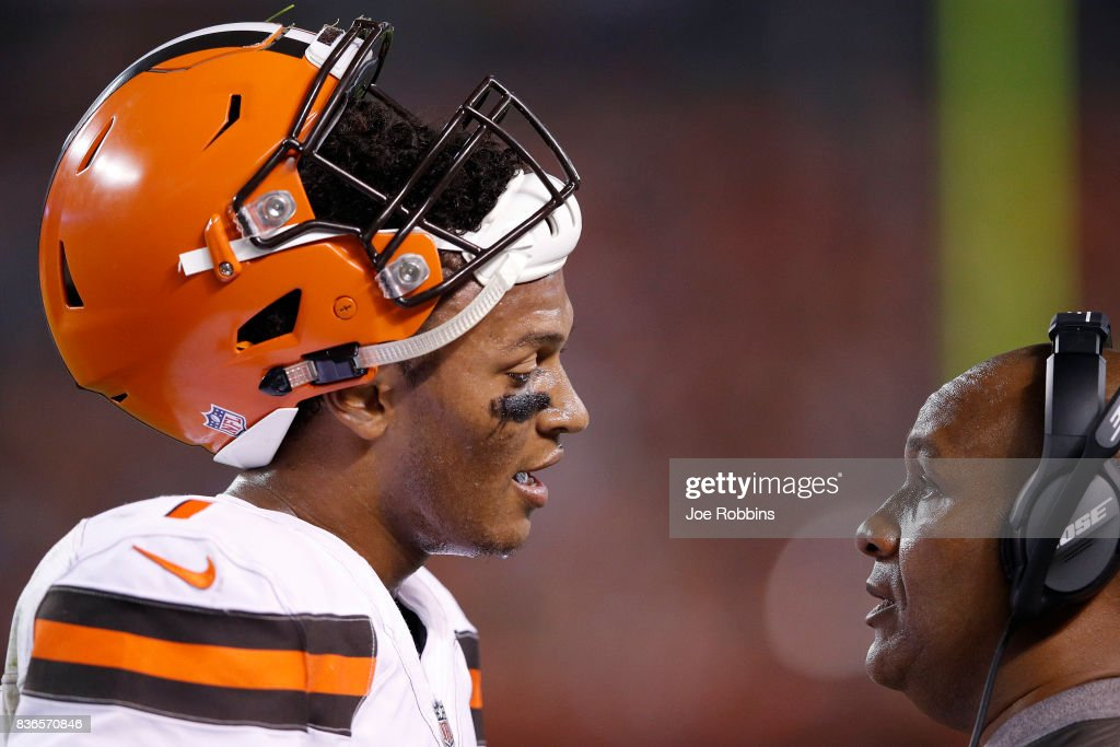 DeShone Kizer #7 of the Cleveland Browns talks with head coach Hue Jackson in the second half of a preseason game against the New York Giants at FirstEnergy Stadium on August 21, 2017 in Cleveland, Ohio.