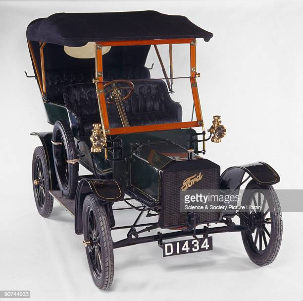 Designed by Henry Ford the Model N motor car preceded and foreshadowed the famous Model T design Like the Model T the Model N featured a light yet...