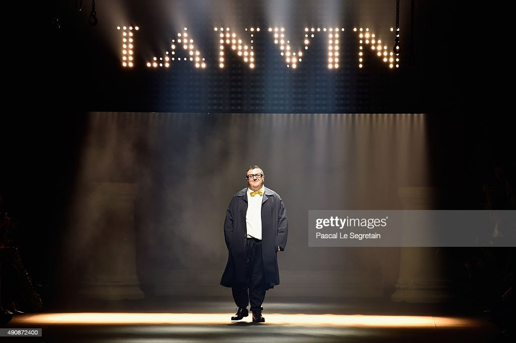 Designer <a gi-track='captionPersonalityLinkClicked' href=/galleries/search?phrase=Alber+Elbaz&family=editorial&specificpeople=783481 ng-click='$event.stopPropagation()'>Alber Elbaz</a> walks the runway during the Lanvin show as part of the Paris Fashion Week Womenswear Spring/Summer 2016 on October 1, 2015 in Paris, France.