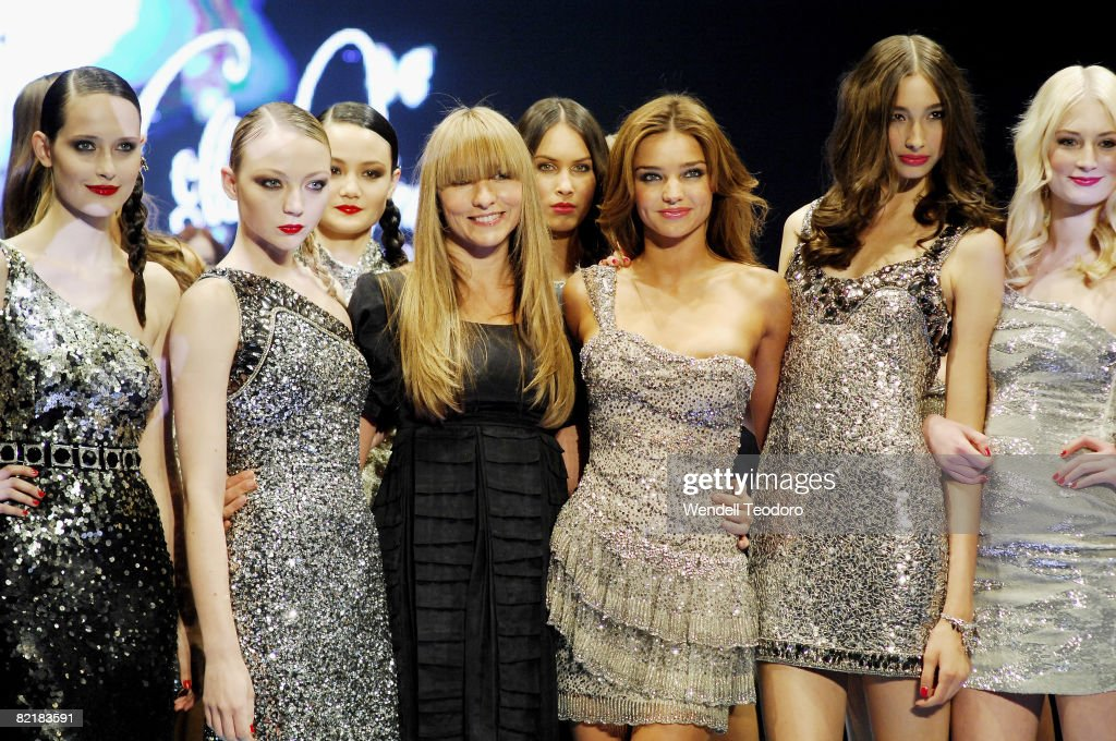 Designer Collette Dinnigan Miranda Kerr and models showcaseing designs by Collette Dinnigan pose at the end of the catwalk show at the David Jones...