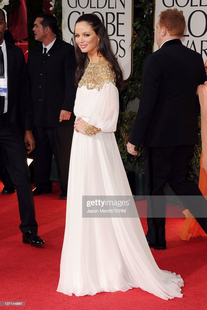 Designer Georgina Chapman arrives at the 69th Annual Golden Globe Awards held at the Beverly Hilton Hotel on January 15, 2012 in Beverly Hills, California.