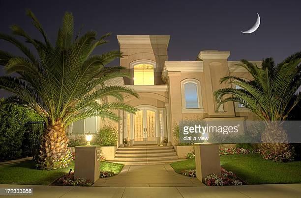 Designer Hause bei Nacht