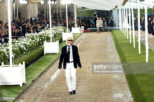 Designer Karl Lagerfeld walks down the catwalk during the Chanel Fashion show during Paris Haute Couture Fashion Week Autumn/Winter 200708 on July 3...