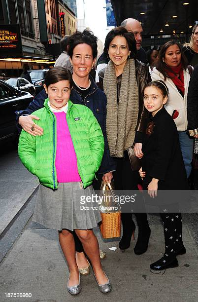 Designer Kate Spade with daughter Beatrix Spade and Darcy Miller with her daughter Daisy Nussabaum attend the 5000 performance celebration of 'Mamma...