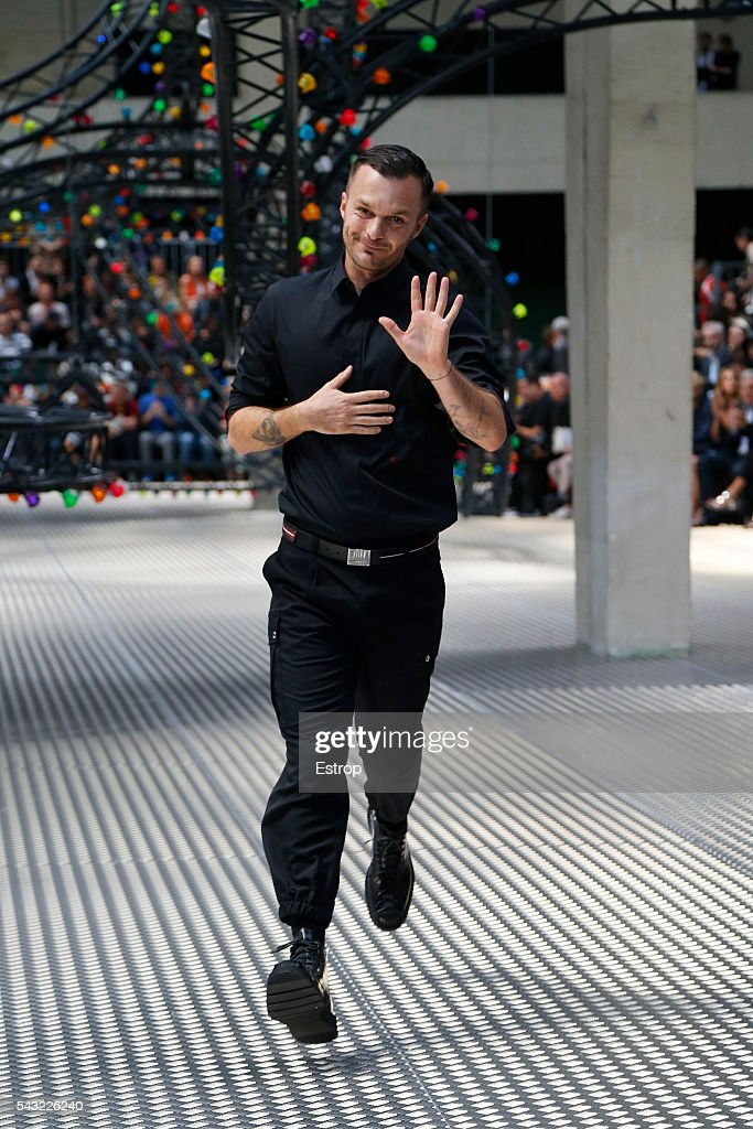 designer <a gi-track='captionPersonalityLinkClicked' href=/galleries/search?phrase=Kris+Van+Assche+-+Fashion+Designer&family=editorial&specificpeople=5744788 ng-click='$event.stopPropagation()'>Kris Van Assche</a> walks the runway during the Dior Homme Menswear Spring/Summer 2017 show designed by <a gi-track='captionPersonalityLinkClicked' href=/galleries/search?phrase=Kris+Van+Assche+-+Fashion+Designer&family=editorial&specificpeople=5744788 ng-click='$event.stopPropagation()'>Kris Van Assche</a> as part of Paris Fashion Week on June 25, 2016 in Paris, France.