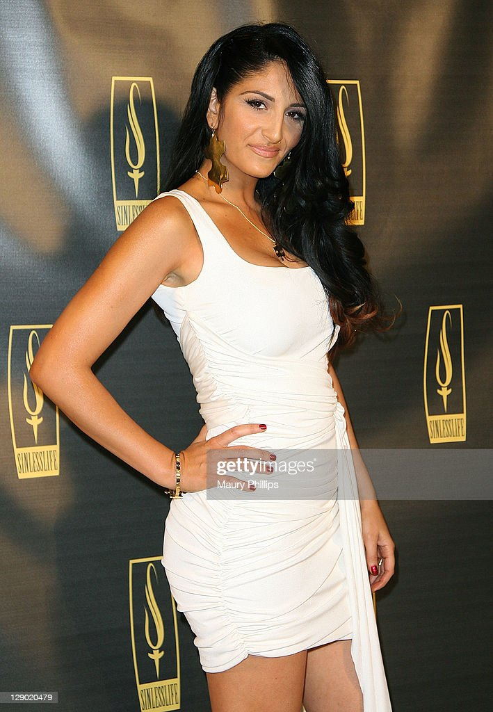 Designer Lara Manoukin arrives at the Sinlesslife web and jewelry collection launch party at Falcon Restaurant on October 9, 2011 in Hollywood, California.