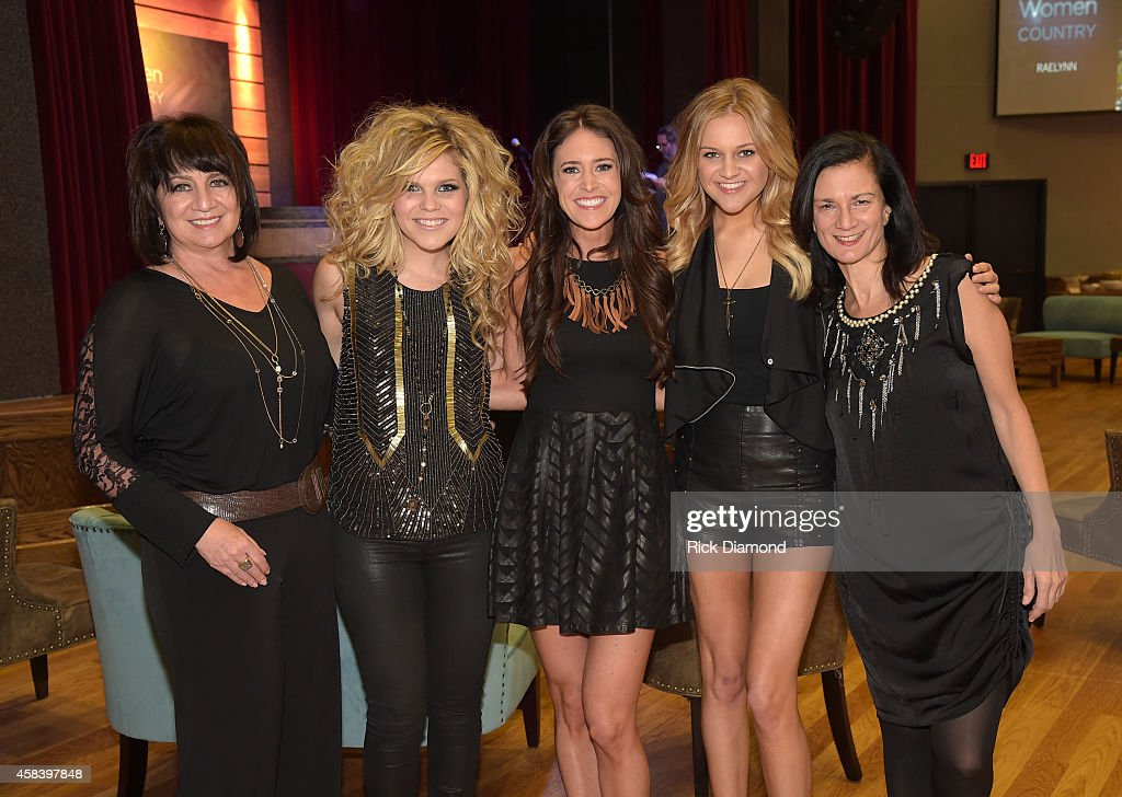 Designer Lisa George, Natalie Stovall, Kelleigh Bannen, Kelsea Ballerini and Leslie Fram attend the CMT Next Women Of Country at City Winery Nashville on November 4, 2014 in Nashville, Tennessee.
