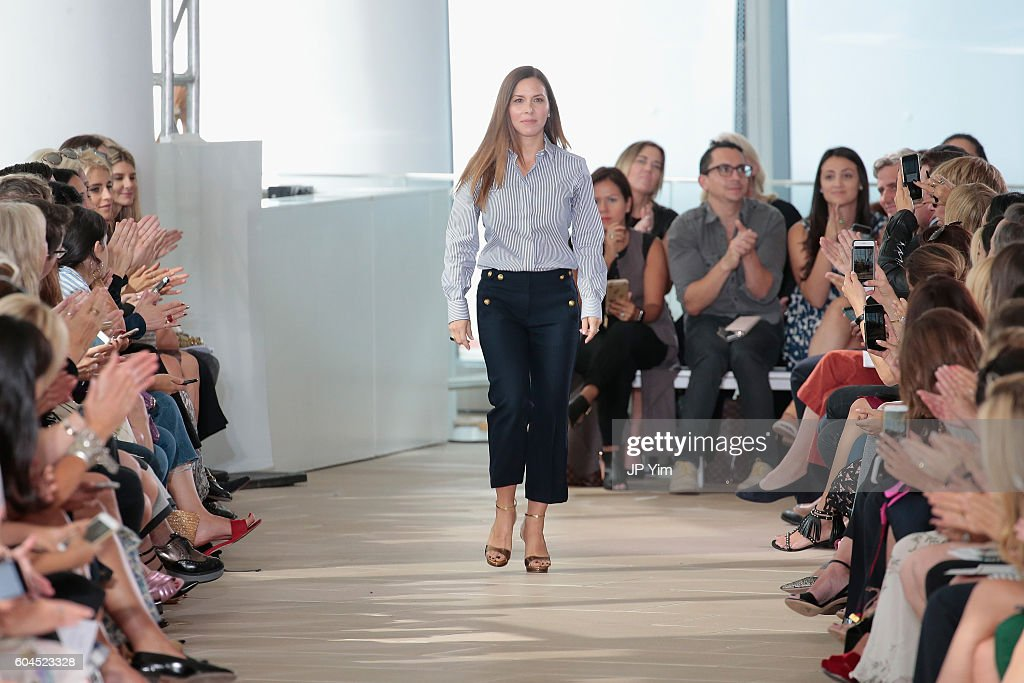 Monique Lhuillier - Runway - September 2016 - New York Fashion Week
