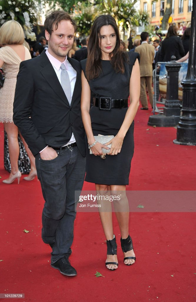Designer Nicholas Kirkwood (L) and Model Astrid Munoz attend the UK premiere of Sex And The City 2 at Odeon Leicester Square on May 27, 2010 in London, England.