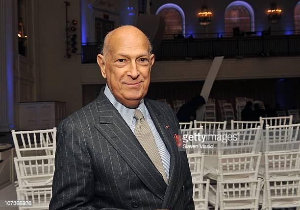 Designer Oscar de la Renta attends the Oscar de la Renta PreFall 2011 Collection at 583 Park Avenue on December 6 2010 in New York City