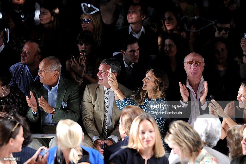 Designer Oscar De La Renta, TV personality Andy Cohen, actress Sarah Jessica Parker, Barry Diller, Chairman and Senior Executive of IAC/InterActiveCorp and Anne Wojcicki attend the Diane Von Furstenberg Spring 2013 fashion show during Mercedes-Benz Fashion Week at The Theatre at Lincoln Center on September 9, 2012 in New York City.