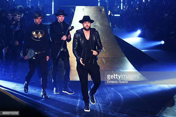 Designer Philipp Plein and models walk during the runway at the Philipp Plein show during Milan Men's Fashion Week Fall/Winter 2016/17 on January 16...
