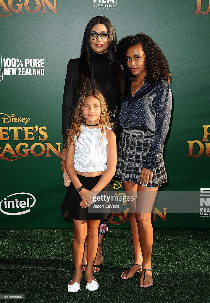 Designer Rachel Roy and daughters Tallulah Ruth Dash and Ava Dash attend the premiere of 'Pete's Dragon' at the El Capitan Theatre on August 8 2016...
