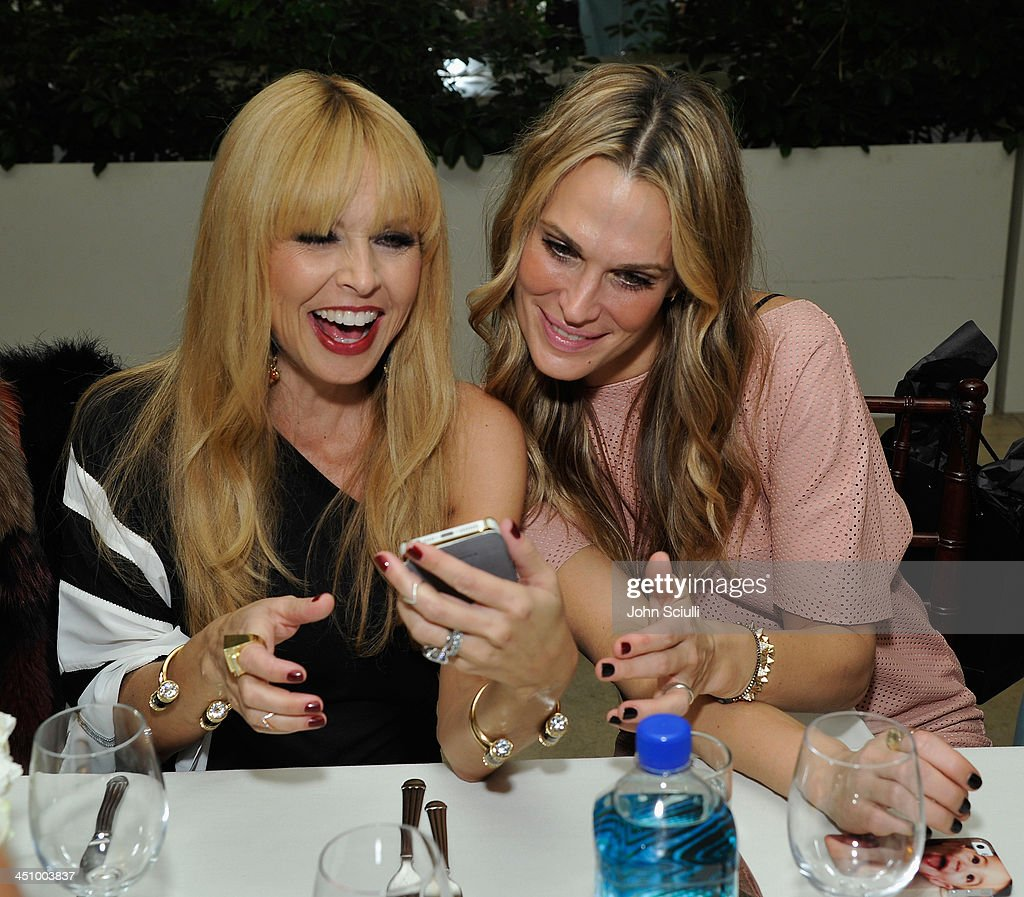 Designer Rachel Zoe and <a gi-track='captionPersonalityLinkClicked' href=/galleries/search?phrase=Molly+Sims&family=editorial&specificpeople=202547 ng-click='$event.stopPropagation()'>Molly Sims</a> attend the relaunch of 'The Zoe Report' Hosted by FIJI Water at the Sunset Tower Hotel on November 20, 2013 in Los Angeles, California.