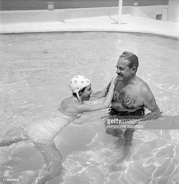 Designer Raymond Loewy on holiday in Southern France with wife Viola In Saint Tropez France In 1960With young wife Viola in their estate
