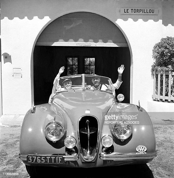 Designer Raymond Loewy's holiday in Southern France with wife Viola In Saint Tropez France In 1960 Designer Raymond Loewy with young wife Viola in...