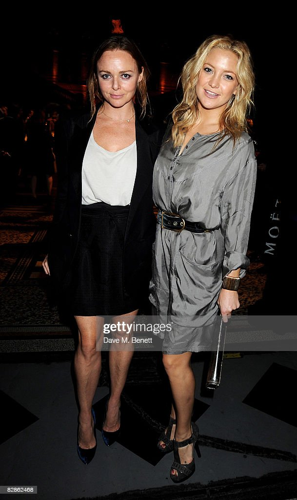 Designer Stella McCartney (L) and actress <a gi-track='captionPersonalityLinkClicked' href=/galleries/search?phrase=Kate+Hudson&family=editorial&specificpeople=156407 ng-click='$event.stopPropagation()'>Kate Hudson</a> attend the 30 Days of Fashion & Beauty Gala with an exhibition displaying photographs by Mary McCartney, at the Natural History Museum September 16, 2008 in London, England.