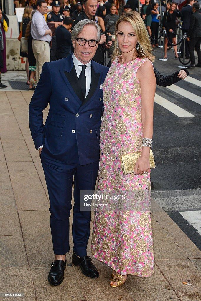 Designer Tommy Hilfiger (L) and Dee Hilfiger enter the 2013 CFDA Fashion Awards on June 3, 2013 in New York, United States.