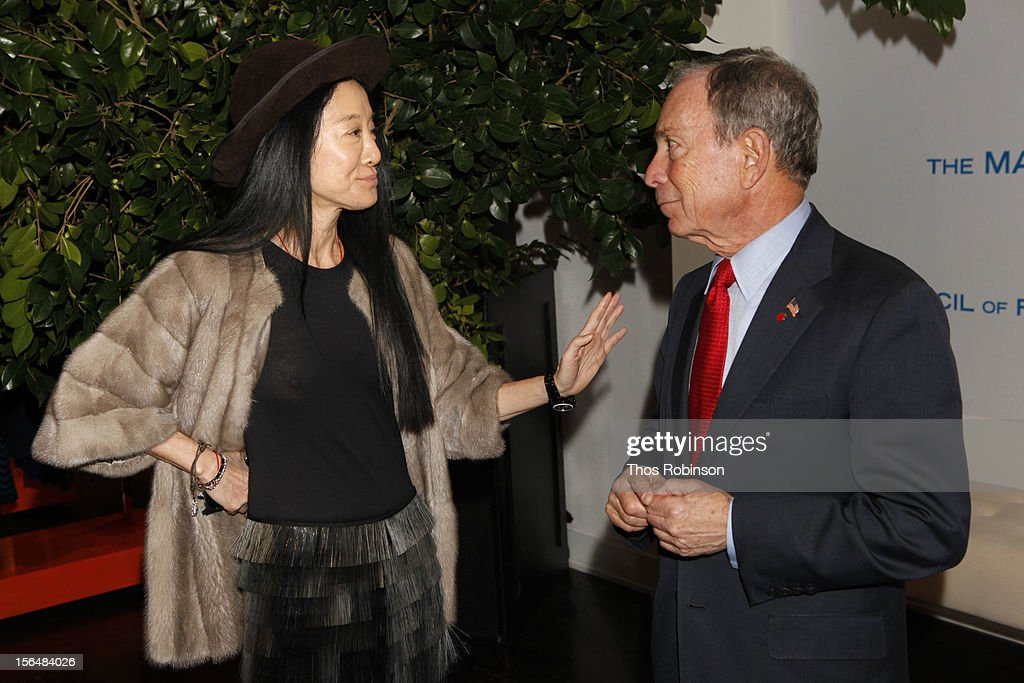 Designer Vera Wang and New York City mayor <a gi-track='captionPersonalityLinkClicked' href=/galleries/search?phrase=Michael+Bloomberg&family=editorial&specificpeople=171685 ng-click='$event.stopPropagation()'>Michael Bloomberg</a> attend Fashion For Sandy Relief at Metropolitan Pavilion on November 15, 2012 in New York City.